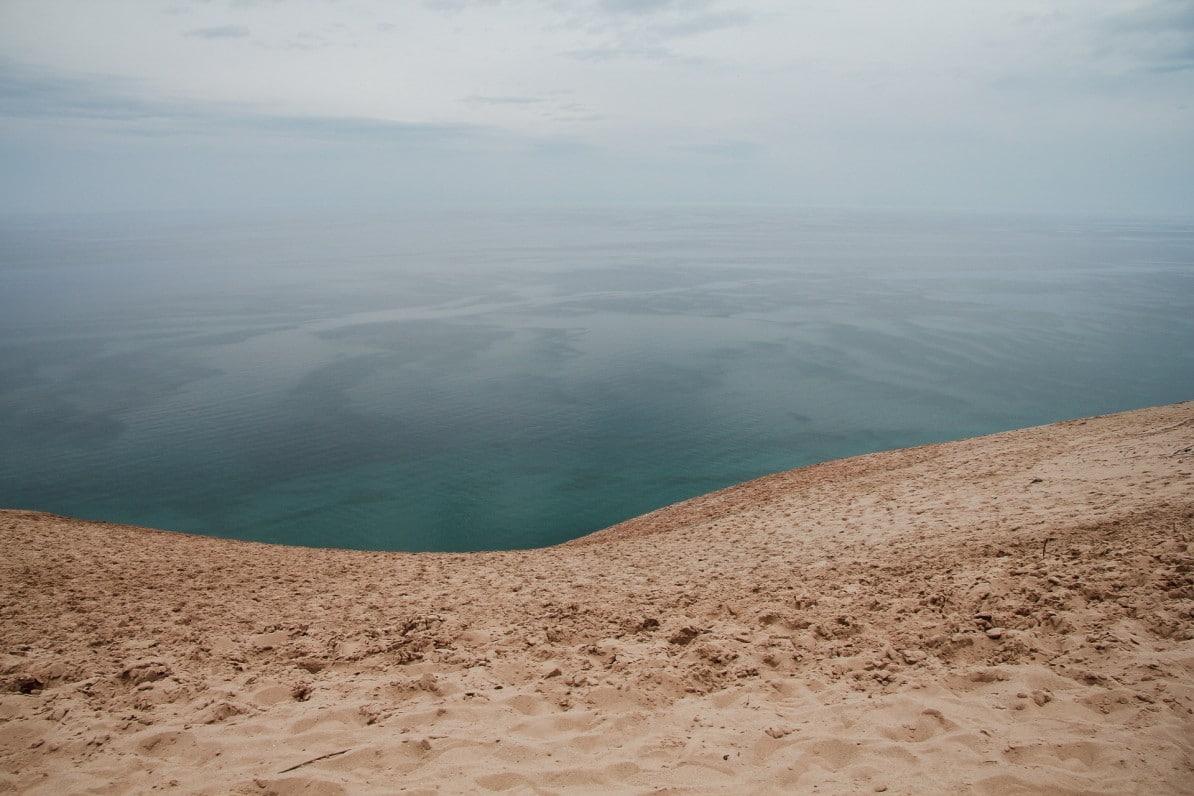sleeping bear dunes national lakeshore michigan usa wasmitb abgrund