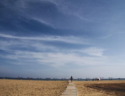 big sand beach karpaz golden beach nordzypern b-ware silhouette strand